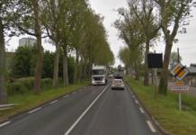 La D943 à l'entrée de Cormery, entre Tours et Loches.